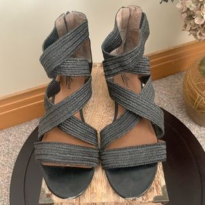 Lucky Brand Mini Wedge Sandals